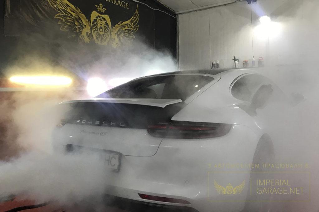 детейлінг мийка Porsche Panamera 4s