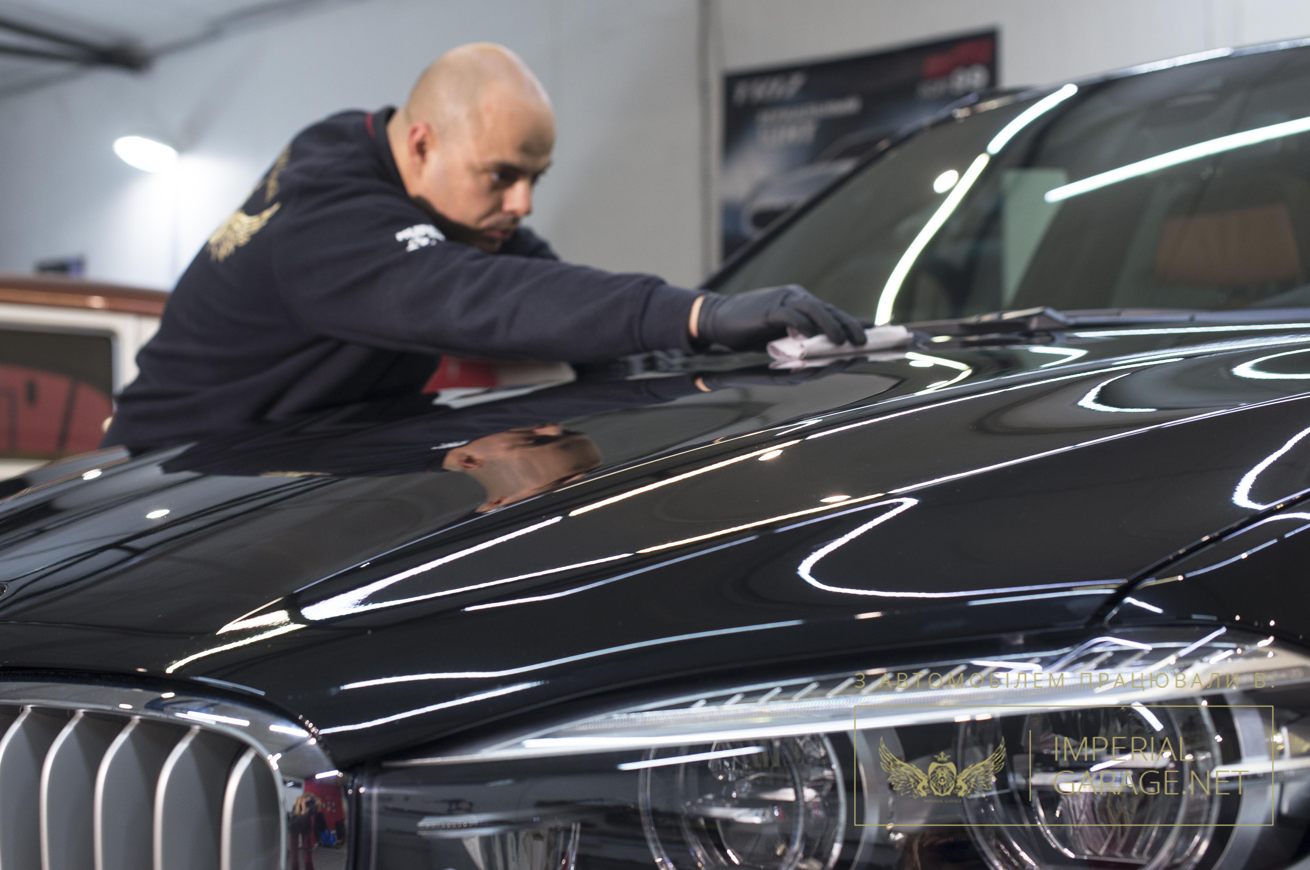 Процесі захисту авто нанокерамікою